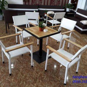 Bàn Ghế Cafe Mây Nhựa TL613